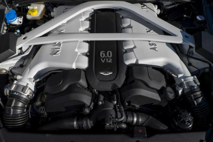 Aston Martin DBX 2020 Engine