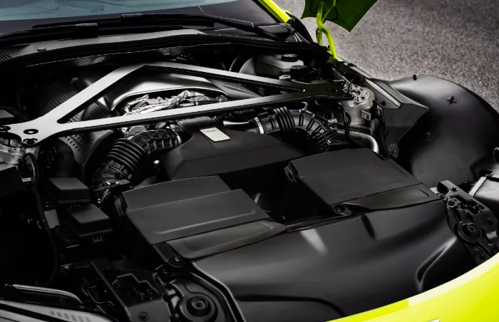 2021 Aston Martin Vantage Engine